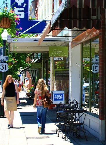 Curious Gourmet Main St. Franklin, TN
